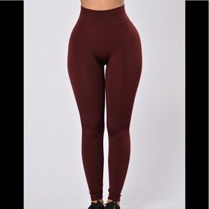 Burgundy Fashionnova fleece lined leggings